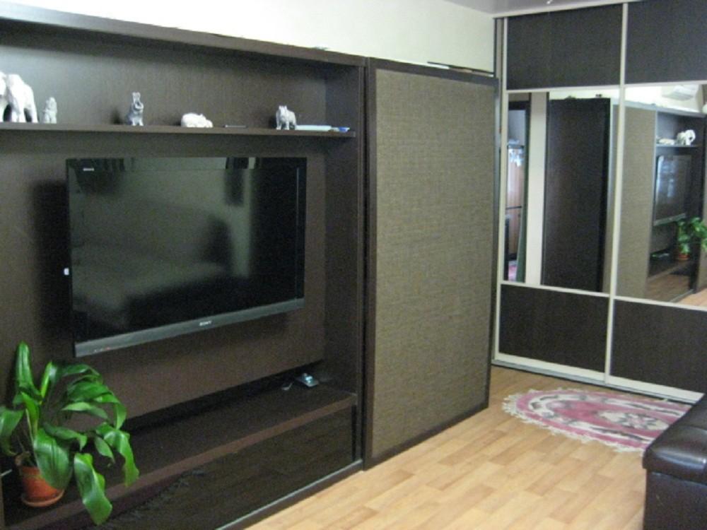Шкафы купе с телевизором фото